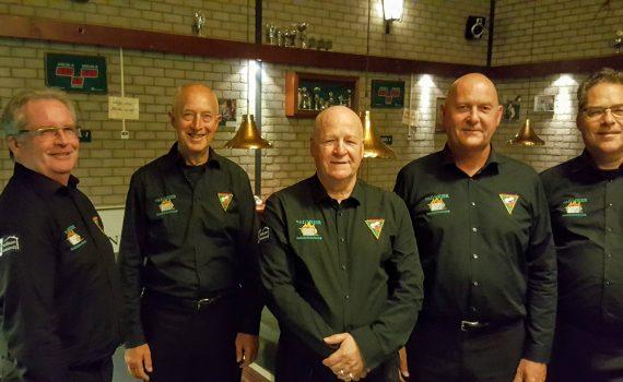 De vijf leden van het libreteam BV Rappel - Bastiaan Makelaardij